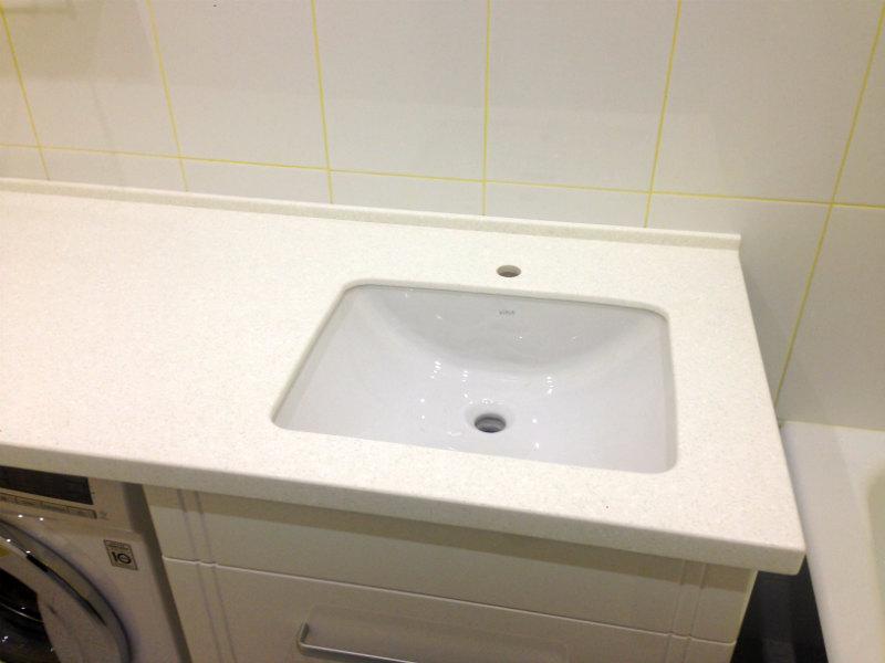 Столешница под ванную на заказ дзержинск столешница из белого камня фото