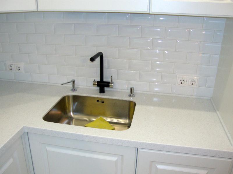 Столешницы для кухни под искусственный камень