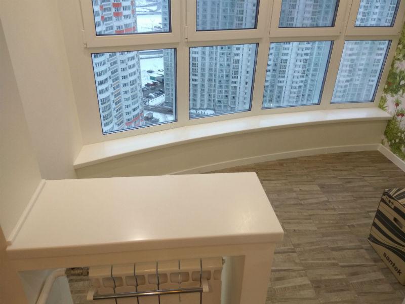 Эркерный подоконник и поверхность на балконный блок flinston.
